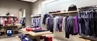 магазин мужской и женской одежды вешалки полки стол гл